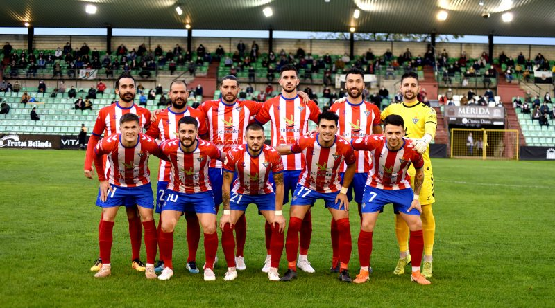 Un Don Benito superior no consigue perforar la portería rival (0-0)